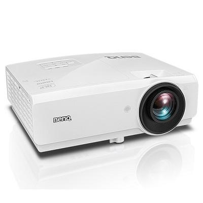 SX751 Projector